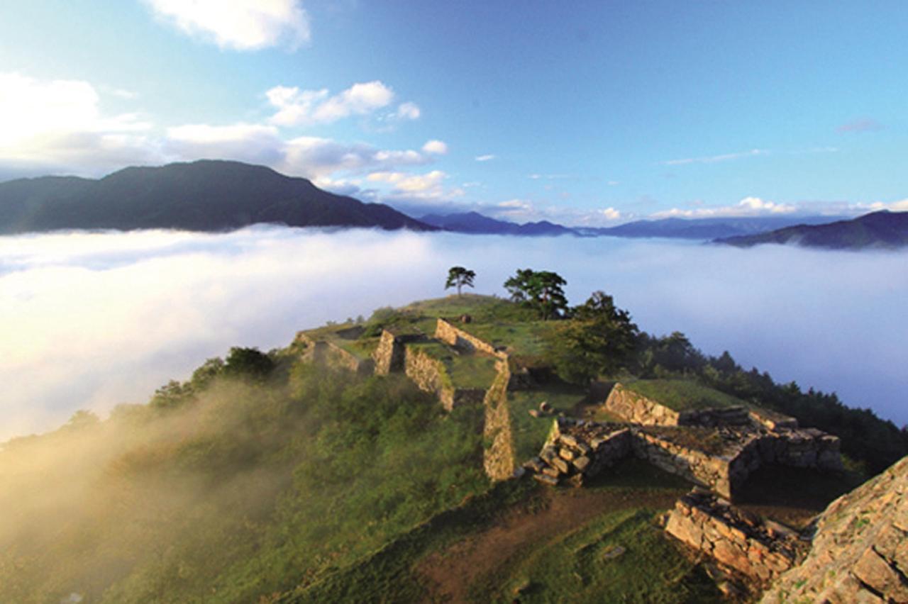 画像: 2位は天空の城・竹田城。