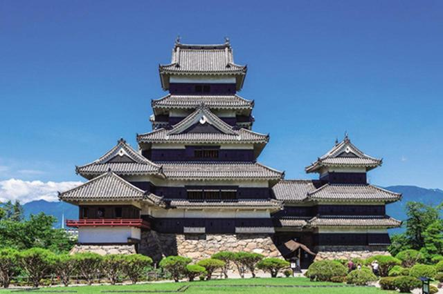 画像: 3位は国宝・松本城。