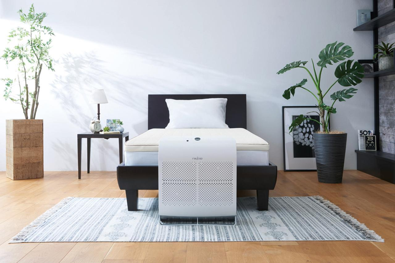 画像: ベッドでの使用例。調節ユニットを使って、さまざまな高さのベッドにも対応可能。