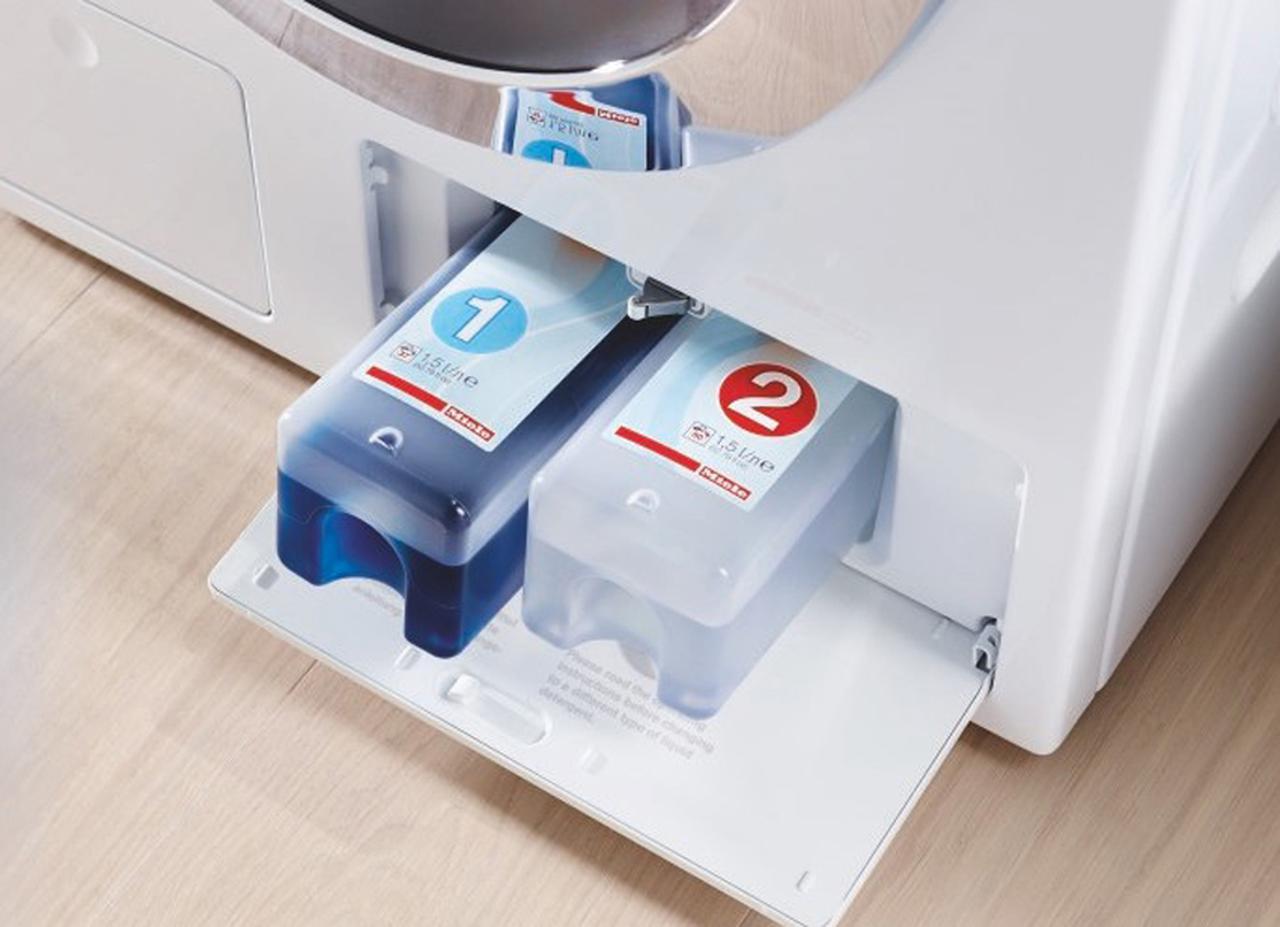 画像: 衣類の量に合わせて洗剤や漂白剤を適切なタイミングで自動投入する。