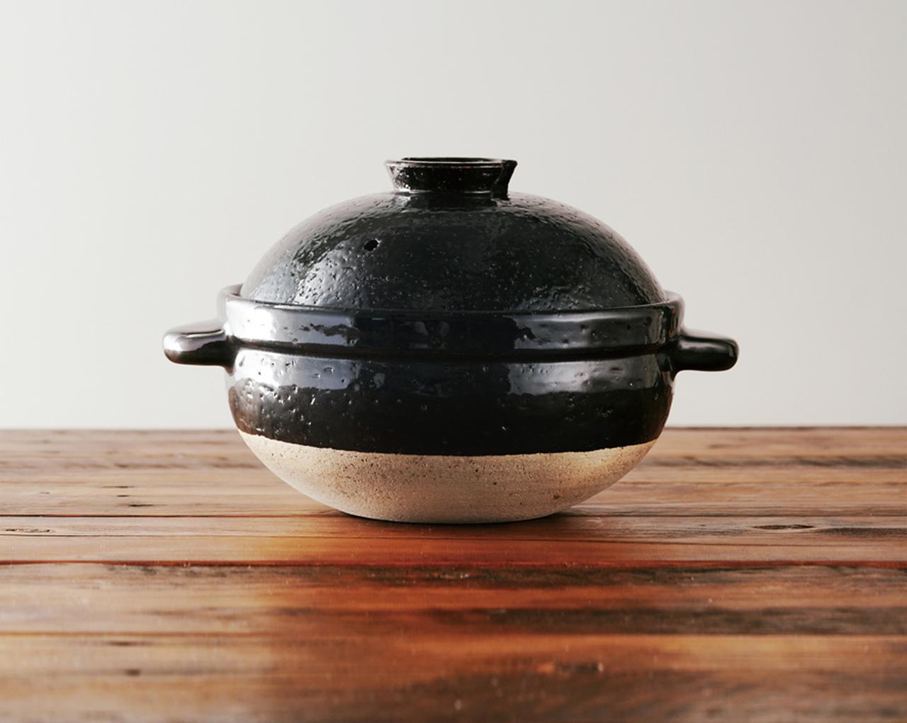 画像: こちらは、かまどさん。3合炊きは1万800円。ほかに5合炊き、2合炊き、1合炊きがある。