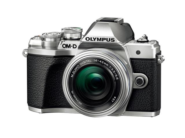 画像: オリンパス OM-D E-M10 MARK III 実売価格例:7万3990円(ボディ)