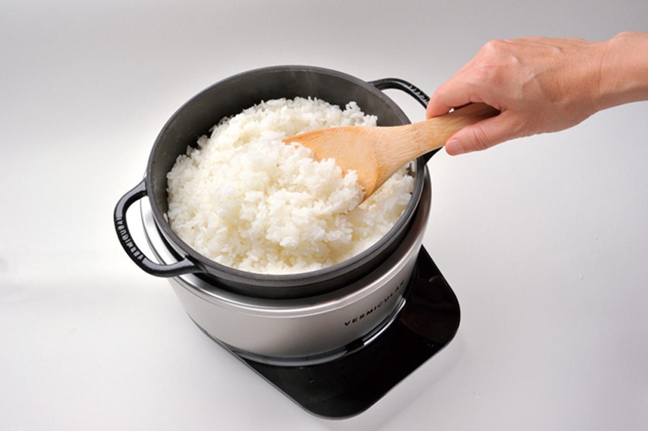画像: 米のおいしさを引き出し、シャッキリした炊き上がりに。香ばしいおこげもつけられる。