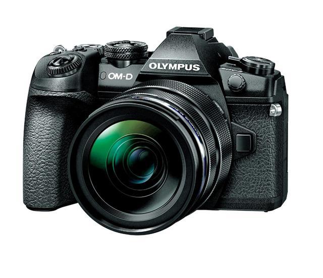 画像: オリンパス OM-D E-M1 MarkⅡ 実売価格例:20万8440円(ボディ)