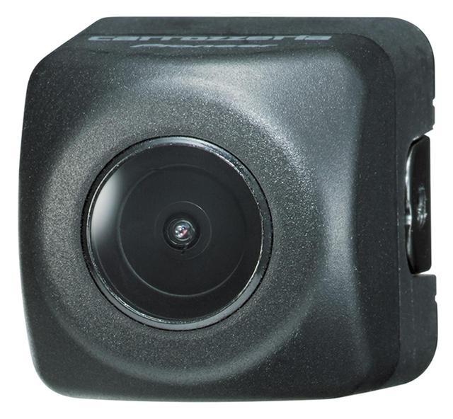画像: 同社製品向けリアカメラ(実売価格例9890円)を追加することで、車両後方の映像を同時記録可能。