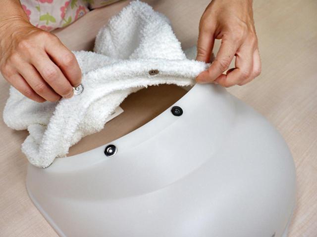 画像: 白いレッグカバーは洗濯可能。磁石式で簡単に外せるので、こまめに洗えて◎。