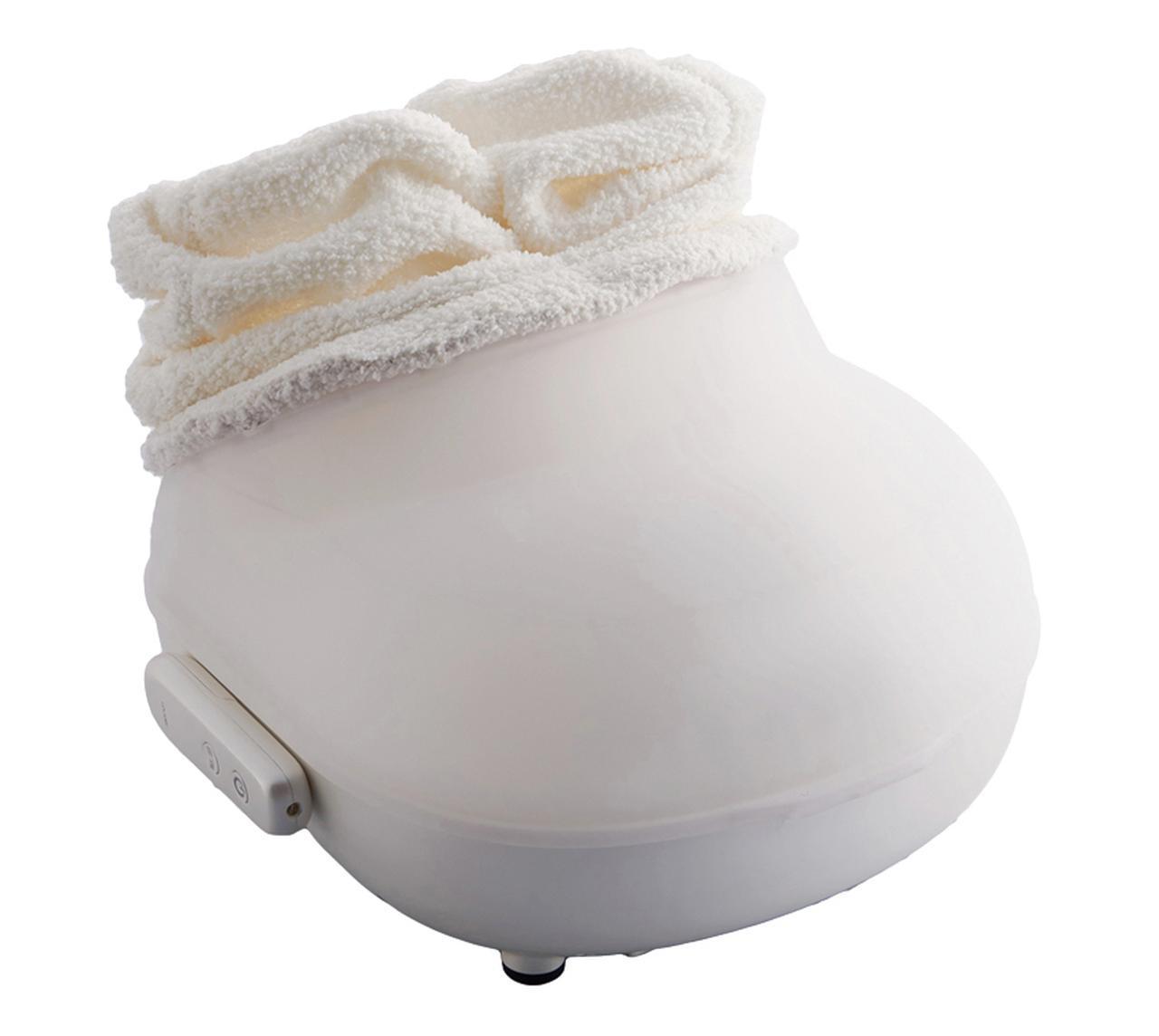 画像: カジュアルな新スタイルの足浴器。従来型のスチーム式に比べると、音が静かで電気代がかからず、より使いやすくなった。デザイン性が高く、置き場所にも困らない。