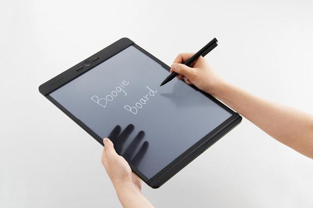 画像: 紙に書くような滑らかな書き心地。コイン型リチウム電池1個で約5万回の書き替えが可能。