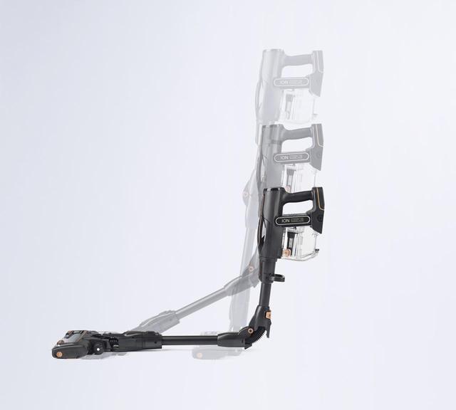 画像: 延長パイプが曲がり家具の下まで届く
