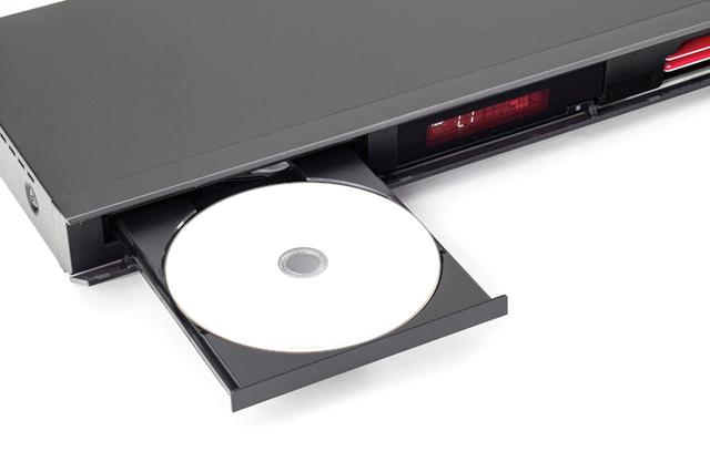 画像: レコーダーのHDDにコピーした動画は、BDメディアに書き込める。4K動画の場合はデータディスクになる。