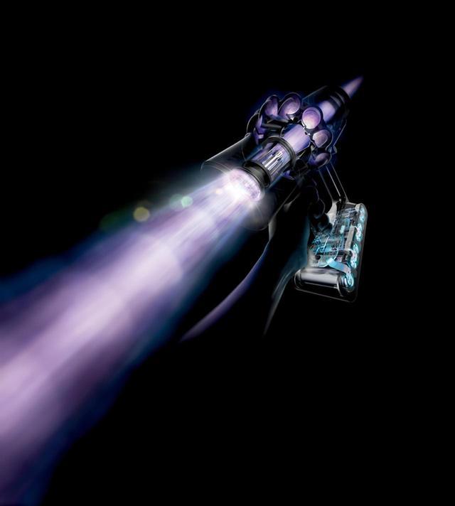 画像: クリアビン、サイクロン、モーターを直線的に配置することで空気の流れに無駄がなくなり、吸引力がアップ。