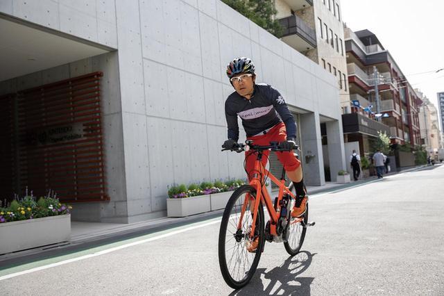 画像: トルクのかかりはスムーズ。まるでマウンテンバイクを操るような感覚で、街中を疾走する爽快感を味わえる。