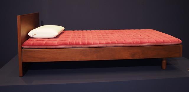 画像: エアウィーブ 四季布団 和匠は肩は柔らかめに、腰は硬めにアレンジされ、腰の沈み込みを軽減している。