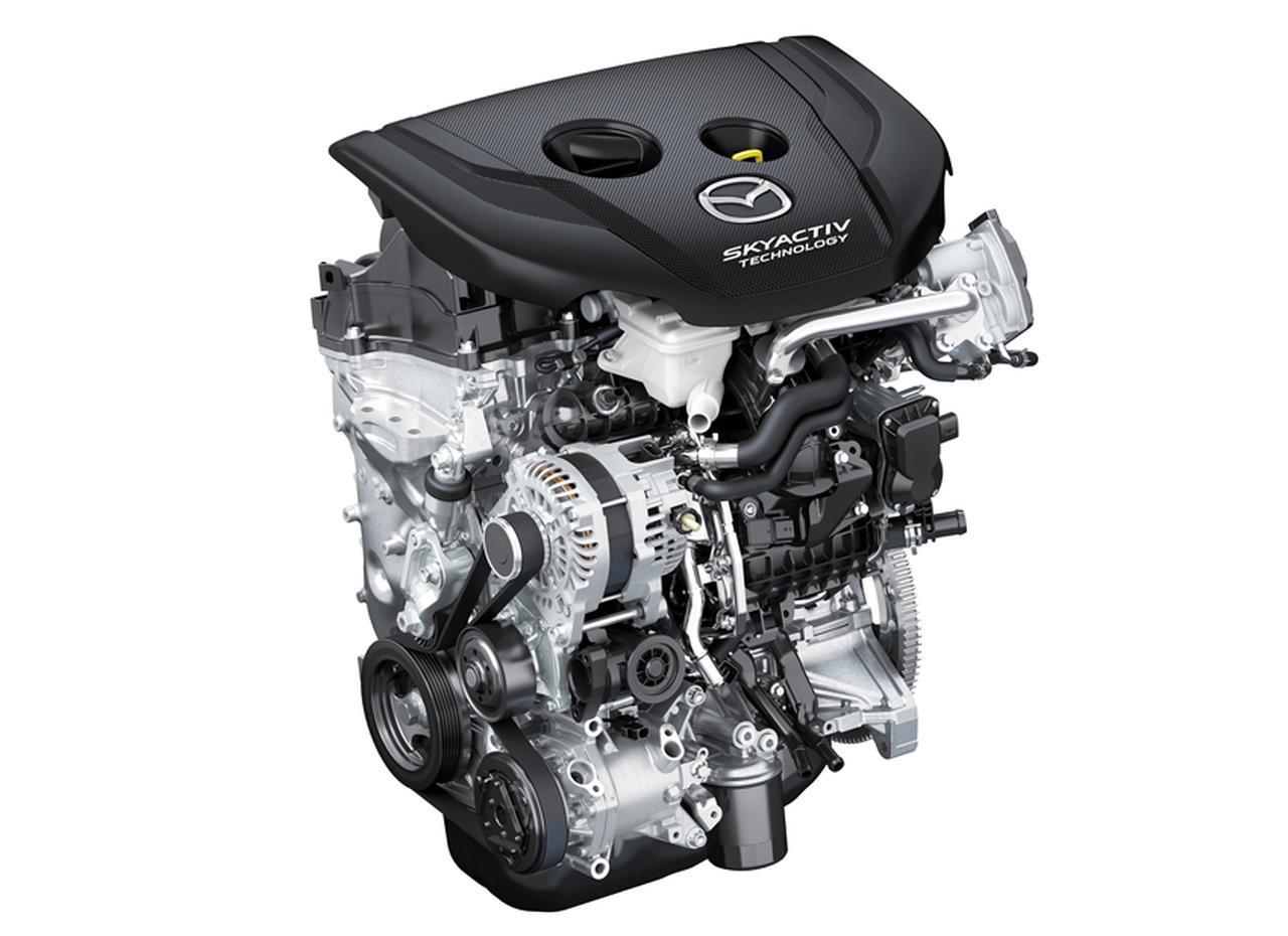 画像: 技術革新で燃焼をクリーン化することにより、ディーゼルエンジンの低コスト化を実現。同時に低圧縮比による高効率化で従来比20%の燃費向上を果たしている。