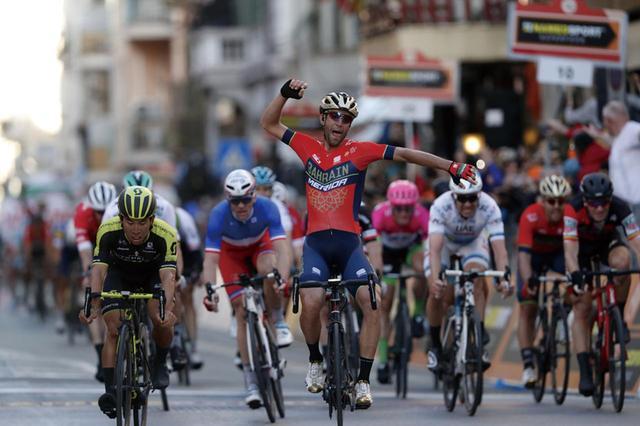 画像: BAHRAIN MERIDA Pro Cycling Team(写真)など、MERIDAブランドが擁するロードレース、サイクリングチームの展示も見られる。