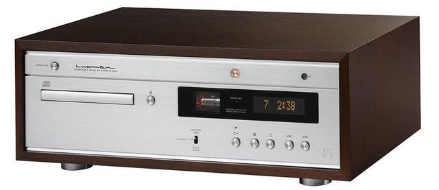 画像: 木箱ケース入りのCD専用プレーヤー。回路は半導体と真空管のハイブリッドで、切り替え機能も搭載。レトロな味わいだ。 ●幅440㎜×高さ167㎜×奥行き286㎜●10.8㎏