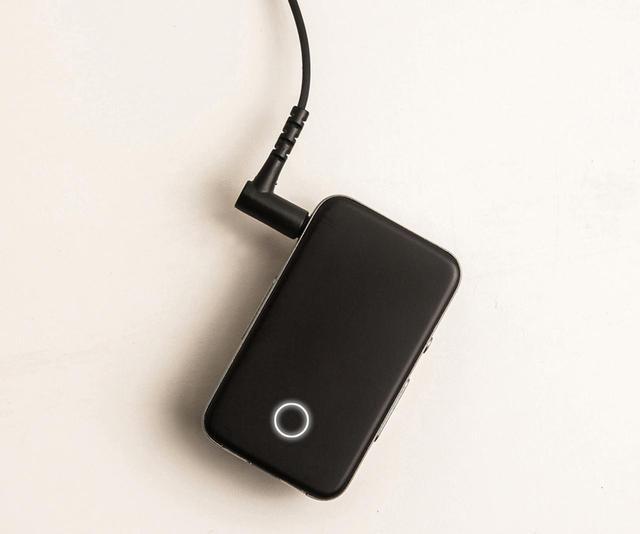 画像: ブルートゥースレシーバーのほか、USB DACとしても使える。イヤホンはバランス接続(2.5ミリ)にも対応する本格派。