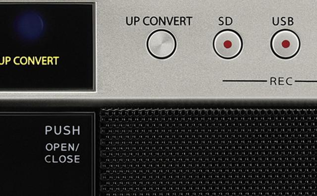 画像: CDやカセットテープの音をハイレゾ相当にアップコンバート。「UP CONVERT」を押すだけで、高音の伸びや音場の立体感が増す。