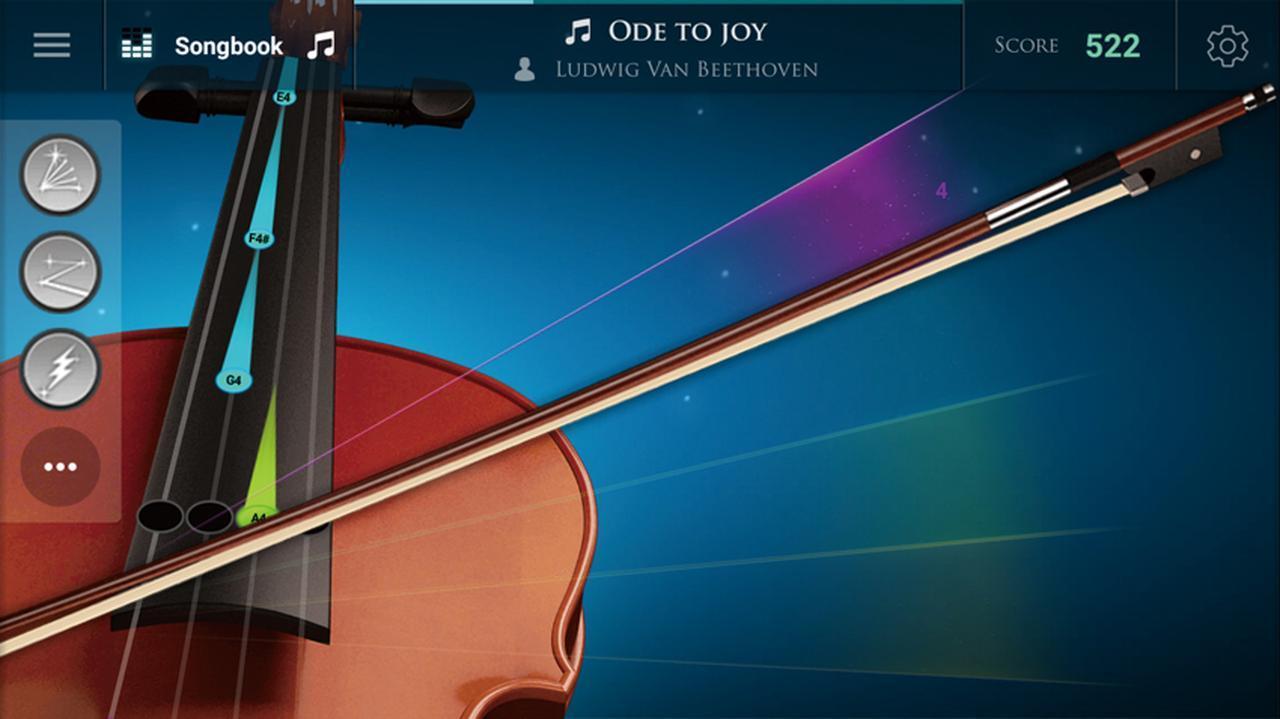 画像: ネックの上から下へ落ちてくるスケールに合わせ、角度をつけながら弓をスライドさせる。最初はとまどうが、慣れると滑らかに弾けるようになる。