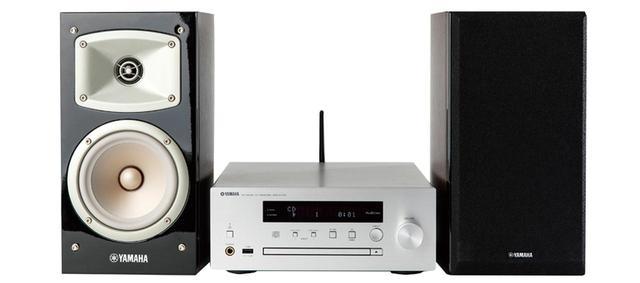 画像: 独自のネットワーク機能「MusicCast」を採用したミニコンポ。同社の対応機器とネット連係し、楽曲の共有が行える。「Spotify」や「Deezer HiFi」にも対応している。 サイズ CDレシーバー:幅27㎝×高さ11㎝×奥行き33㎝ スピーカー:幅18.3㎝×高さ32㎝×奥行き26.7㎝、重量 CDレシーバー:3kg スピーカー:6.1㎏(1台)、実用最大出力 22W+22W(6Ω) ドライブ:CD CD-R/RW、ラジオ:AM/FM ワイドFM、対応ハイレゾ:PCM 192/24、ブルートゥース:SBC/AAC
