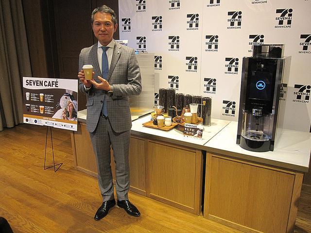 画像: セブン-イレブン-ジャパン商品本部 FF・惣菜部 統括マネージャーの高橋広隆氏。