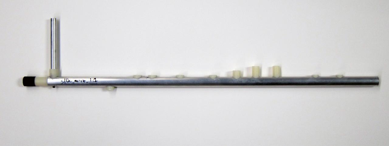 画像: ヴェノーヴァの開発段階での試作モデル。金属パイプを使っているため、分岐管構造は見られるものの、主管の蛇行形状はまだシミュレートされていない。