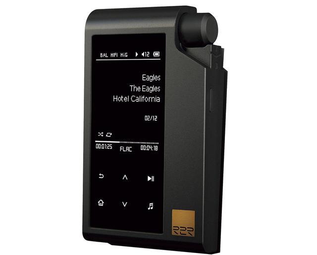 画像: バランスヘッドホン出力、USB DAC機能なども搭載。