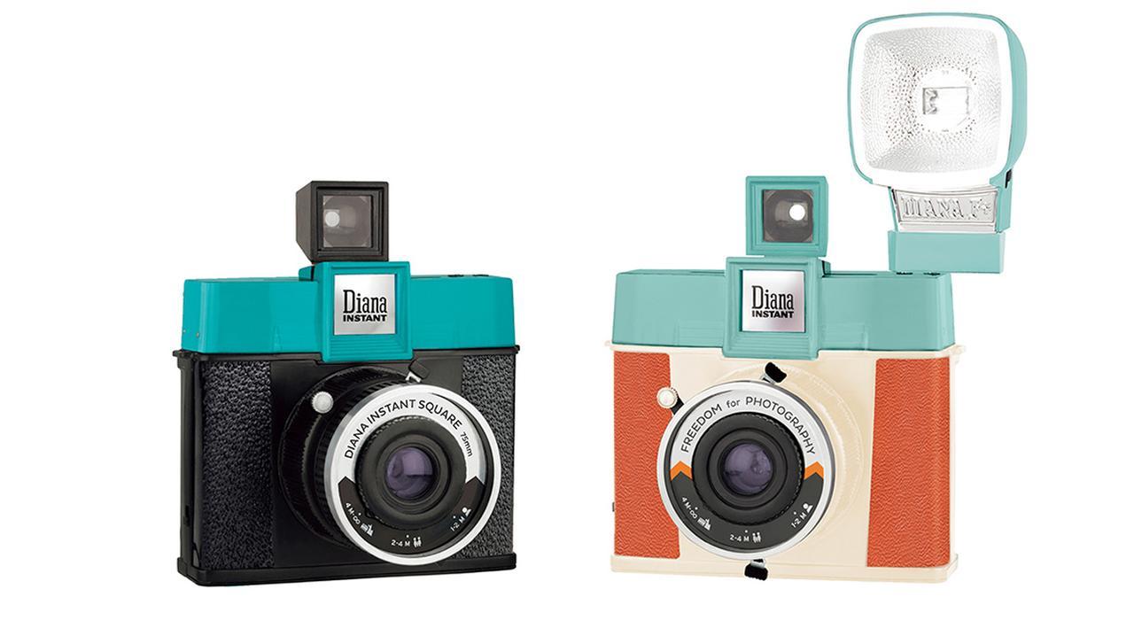 画像: カメラ単体、フラッシュ付き、4種類のアクセサリーレンズとフラッシュ付きの3種類から選べる。