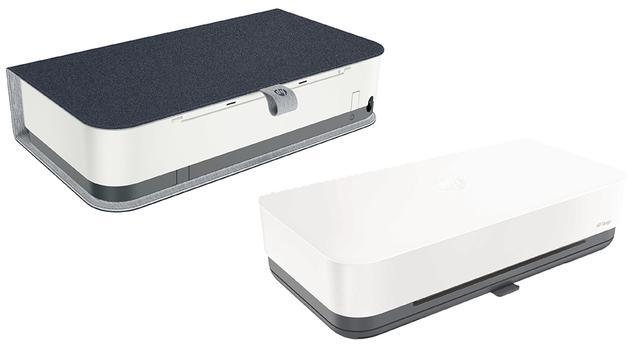 画像: Tango X(左)には布素材のカバーが付属する。
