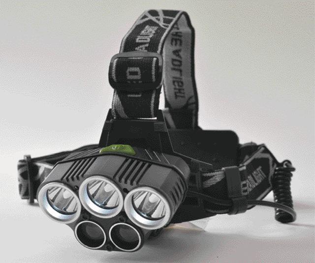 画像: 「ツイッター」上で話題になったことで、2018年の夏以降爆発的に売れ続けているトモライト ヘッドライトCMA-1001LT。価格は2980円。5灯のLEDを装備し、1万ルーメン以上の明るさを誇る。