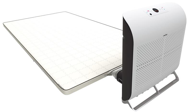 画像: 寝床内の温度を33℃±1にキープするふとんコンディショナー「FUTOCON」(13万8240円)。独自の三層構造体を使ったマットレスは高反発設計。