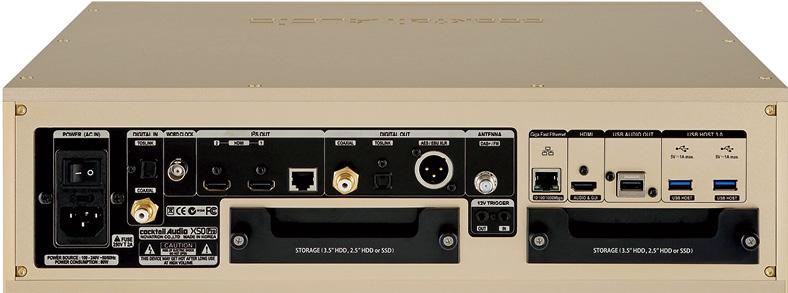 画像: ストレージは搭載していないが、市販のHDDやSSDを格納できるスロットを2基備えている。