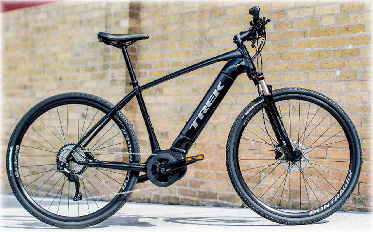 画像: 電動アシスト自転車とは思えないスッキリとしたフォルムを実現。
