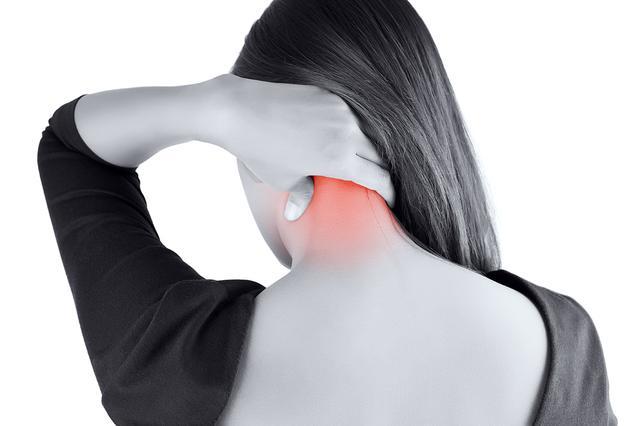 頭痛と首の後ろに関連性】片頭痛を解消する圧痛点と頭痛体操のやり方 - 特選街web
