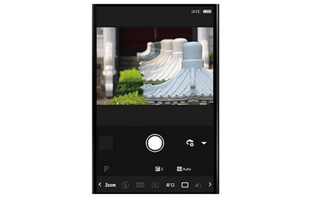 画像: スマホをデジカメのリモコンとして使い、遠隔操作でシャッターを切ることも可能。