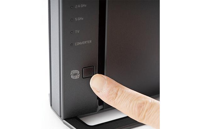 画像: WPS方式に対応し、Wi-Fiルーターとの接続は、ルーター側のWPSボタンを押せば簡単に行える。