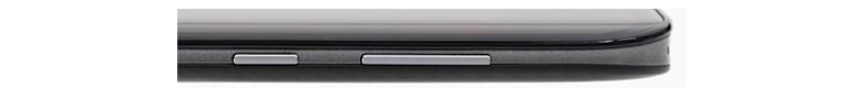 画像: 右側面には音量調節キーと電源キーが設けられている。電源キーを長押しすると、オプションが表示され、「電源を切る」や「再起動」だけでなく、「スクリーンショット」も選べるのは便利。