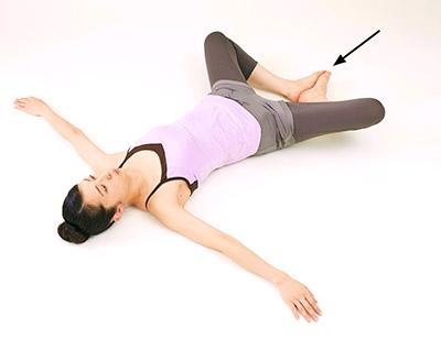 画像15: 女性の尿漏れ・頻尿を改善する「膀胱若返りヨガ」のやり方