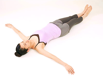 画像14: 女性の尿漏れ・頻尿を改善する「膀胱若返りヨガ」のやり方