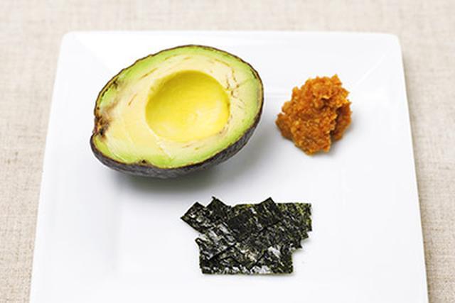 画像1: 肌の老化は栄養不足が原因?肌が若返る「アボカド味噌汁」の作り方