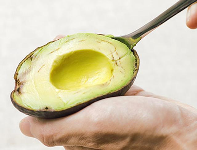 画像2: 肌の老化は栄養不足が原因?肌が若返る「アボカド味噌汁」の作り方