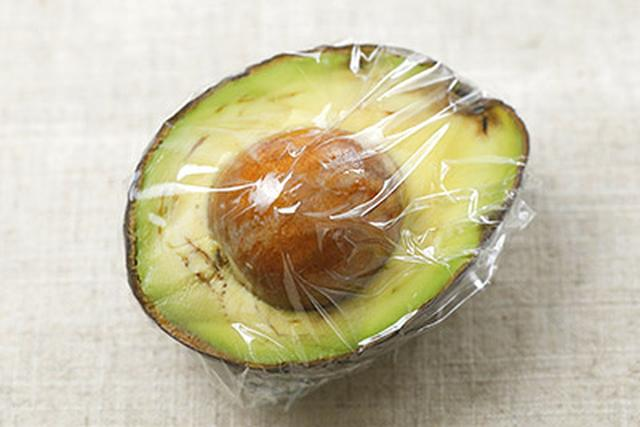 画像4: 肌の老化は栄養不足が原因?肌が若返る「アボカド味噌汁」の作り方