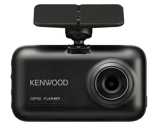 画像: 同社では初となる2カメラモデル。前後ともF1.8の明るいレンズを組み合わせたフルHDカメラを採用し、画質は業界トップクラスを標榜する。記録画角は前後ともに対角111度を確保。逆光に強いHDR機能も搭載した。課題だった「駐車監視機能」も強化し、別売のケーブルを使うことで24時間の連続監視が可能となる。