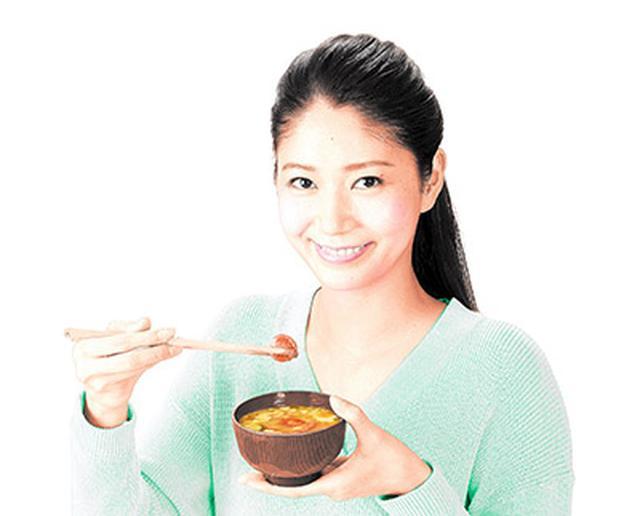画像: 【美肌&痩せる食べ物】医師のおすすめは抗酸化物質が豊富な「トマト味噌汁」