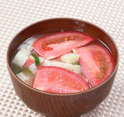画像: 肌の老化防止に【トマト味噌汁】がおすすめ!オリーブオイルで炒めてリコピン吸収率アップ