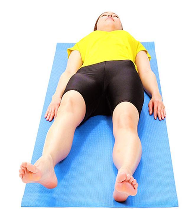 画像4: 【脊柱管狭窄症を改善】正しく背筋を伸ばす「大腰筋ほぐし」のやり方