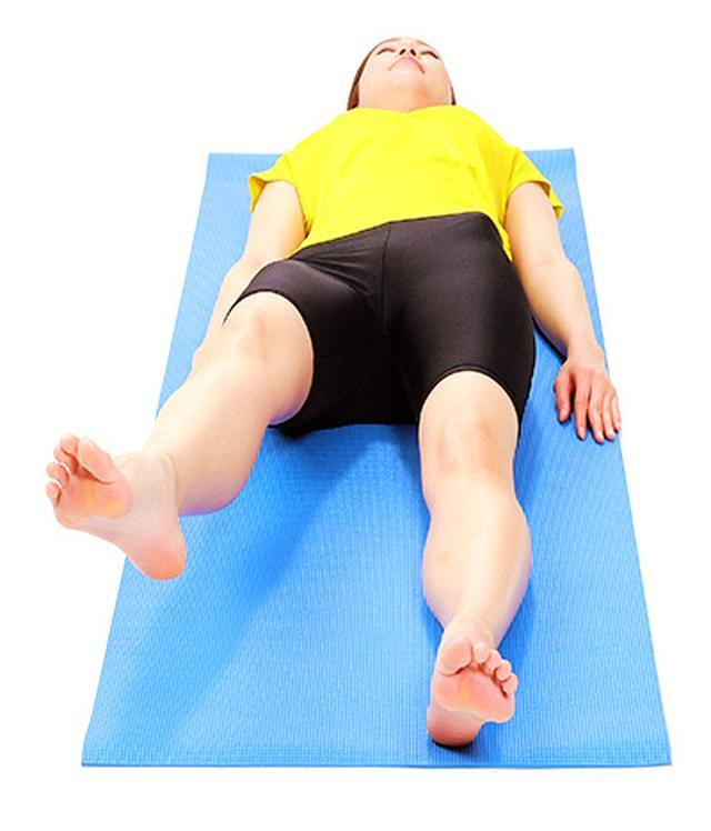 画像3: 【脊柱管狭窄症を改善】正しく背筋を伸ばす「大腰筋ほぐし」のやり方