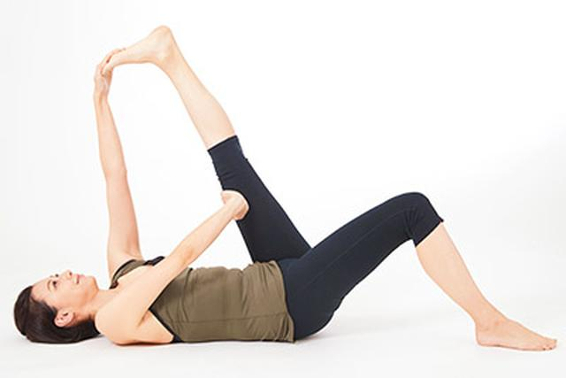 画像8: 【膝痛・変形性ひざ関節症改善】リンパの流れを良くする体操「膝裏伸ばし」のやり方