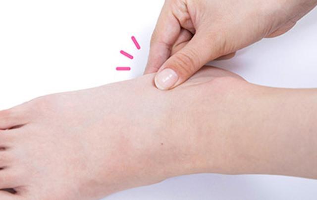"""画像28: 【症状別】足裏マッサージのやり方 不調や痛みを改善する""""痛くない""""足裏ケア"""