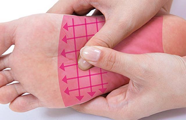 """画像20: 【症状別】足裏マッサージのやり方 不調や痛みを改善する""""痛くない""""足裏ケア"""